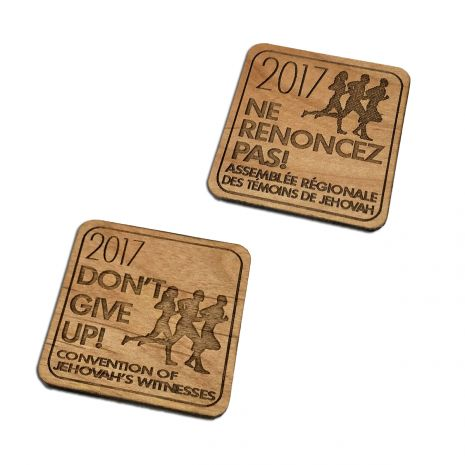 2017 Don't Give Up Wooden Pin Magnet
